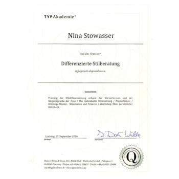 Zertifikat - Nina Stowasser - Differenzierte Stilberatung 2016